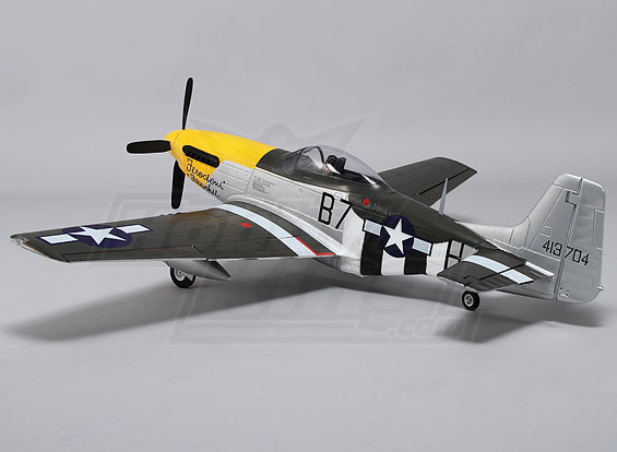 Durafly P-51D Mustang w/flaps/retracts/lights 1100mm (PNF